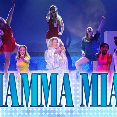 Mamma Mia! at Dutch Apple Dinner Theatre