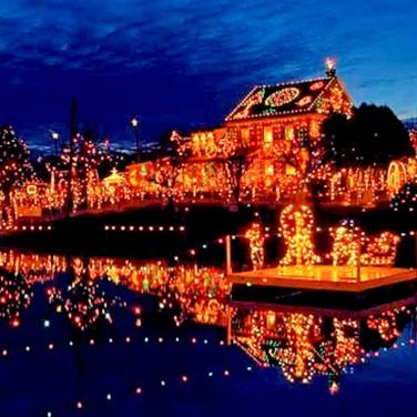 Koziar's Christmas Village & Murdough's Xmas Barn