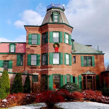 Mount Hope Estate & Lititz Holidays